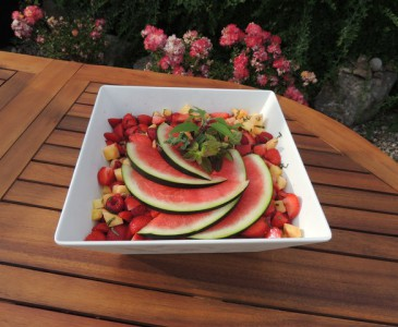Red berry salad with lemon grass